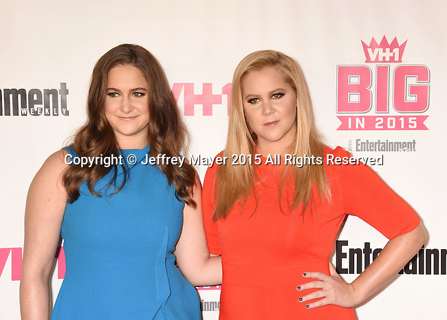 WEST HOLLYWOOD, CA - NOVEMBER 15: Actress/comedian Amy Schumer (R) and sister Kimberly Schumer attend VH1 Big In 2015 With Entertainment Weekly Awards at Pacific Design Center on November 15, 2015 in West Hollywood, California.