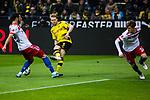 10.02.2018, Signal Iduna Park, Dortmund, GER, 1.FBL, Borussia Dortmund vs Hamburger SV, <br /> <br /> im Bild | picture shows:<br /> Torschuss Andre Schuerrle (Borussia Dortmund #21), <br /> <br /> <br /> Foto &copy; nordphoto / Rauch