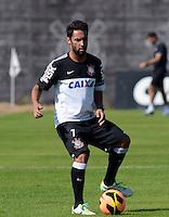 SÃO PAULO,SP, 13 julho 2013 -   Ibson durante treino do Corinthians no CT Joaquim Grava na zona leste de Sao Paulo, onde o time se prepara  para para enfrenta o Atletico MG pelo campeonato brasileiro . FOTO ALAN MORICI - BRAZIL FOTO PRESS