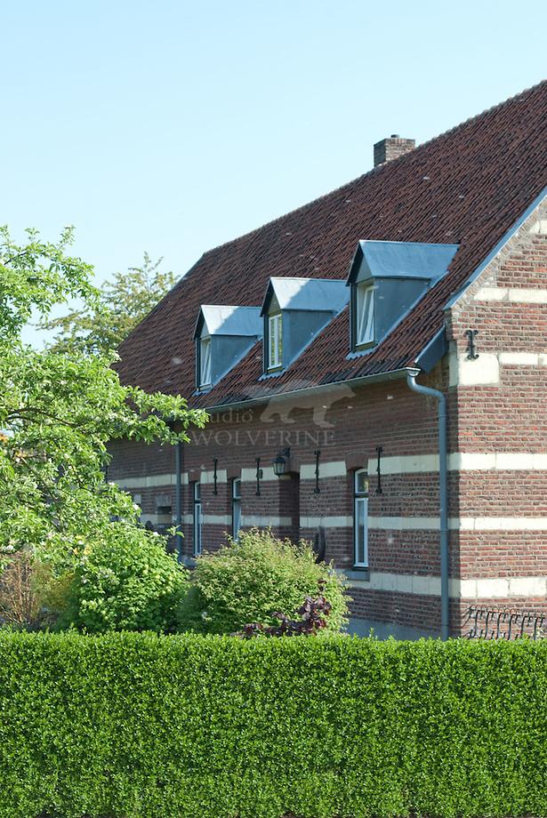 Dorpsboerderij te St Geertruid uit baksteen en mergel