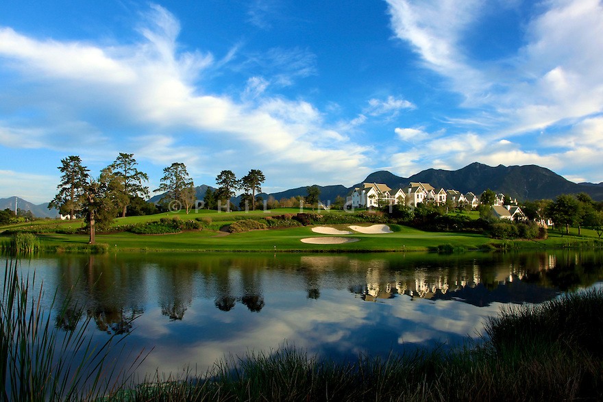A general View of the 17th green, Montagu Course at Fancourt Golf Resort, George, Western Cape, South Africa. Designed by Gary Player. Picture Credit Phil / Inglis