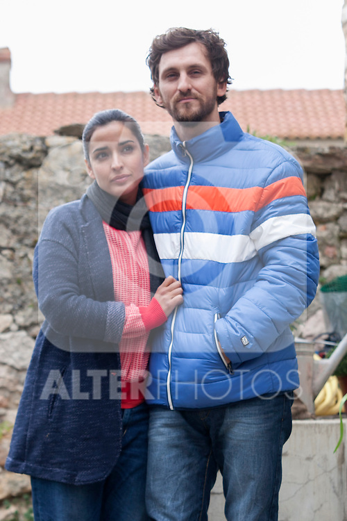 "Spanish actress Inma Cuesta and Raul Arevalo on the set of the movie ""Las Ovejas No Pierden El Tren"". in Segovia, Spain. April 01, 2014. (ALTERPHOTOS/Carlos Dafonte)"