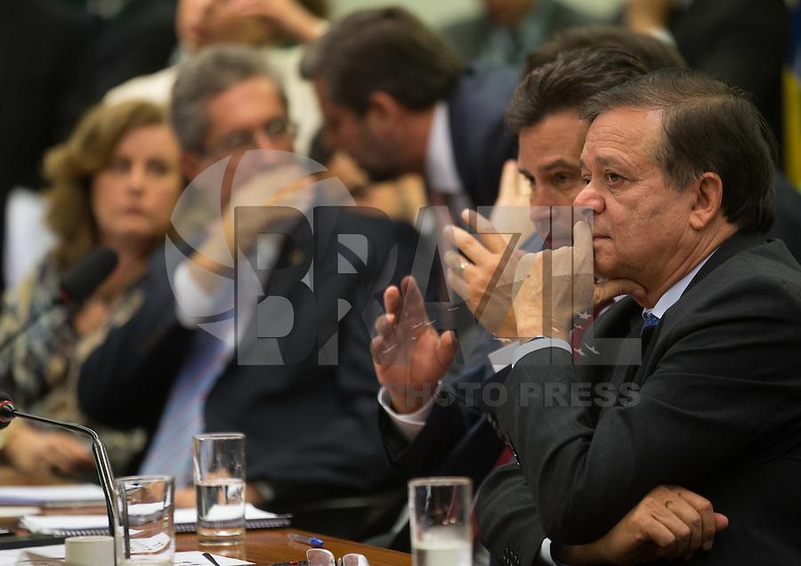 BRASILIA, DF, 21.03.2016 - IMPEACHMENT-REUNIÃO- O relator da Comissão do Impeachment, deputado Jovair Arantes, durante reunião de trabalho da Comissão, nesta segunda-feira, 21.(Foto:Ed Ferreira / Brazil Photo Press)
