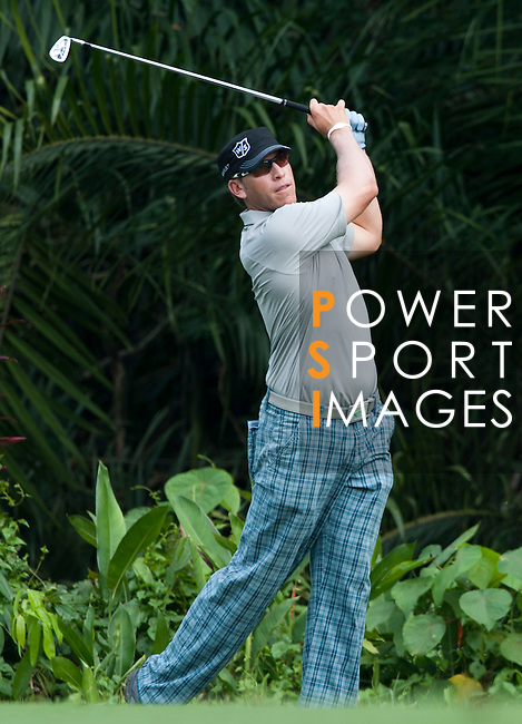 Action during Round 1 of the CIMB Asia Pacific Classic 2011.  Photo © Andy Jones / PSI for Carbon Worldwide