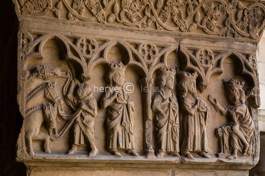 France, Pyrénées-Orientales (66), Elne, cathédrale Sainte-Julie-et-Sainte-Eulalie d'Elne, le cloître d'Elne // France, Pyrenees Orientales, Elne, Elne Cathedral, Romanesque cloister