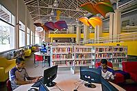 Biblioteca Parque Manguinhos. Programa de Aceleração do Crescimento, PAC. Rio de Janeiro. 2010. Foto de Rogerio Reis.
