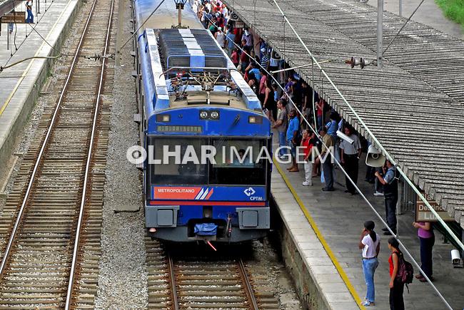 Transporte ferroviário urbano. São Paulo. 2010. Foto de Juca Martins.
