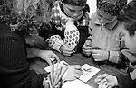 Shatila, UNRWA camp. &quot;Beit Atfal As Sumood&quot;, a social NGO, children are drawing christmas cards.<br />  <br /> Chatila, camp de l'UNRWA. &quot;Beit Atfal As Soumoud&quot;, une ONG &agrave; vocation sociale. Les enfants pr&eacute;parent des cartes de voeux pour no&euml;l.