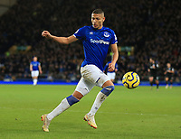 11th January 2020; Goodison Park, Liverpool, Merseyside, England; English Premier League Football, Everton versus Brighton and Hove Albion; Richarlison of Everton runs after the ball on the edge of the Brighton penalty area - Strictly Editorial Use Only. No use with unauthorized audio, video, data, fixture lists, club/league logos or 'live' services. Online in-match use limited to 120 images, no video emulation. No use in betting, games or single club/league/player publications
