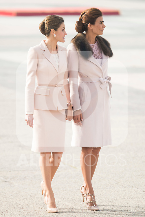 Queen Letizia and Juliana Awana during state visit of the president of Argentinian Republic, Sr. Mauricio Macri and Sra Juliana Awada at Real Palace in Madrid, Spain. February 19, 2017. (ALTERPHOTOS/BorjaB.Hojas)