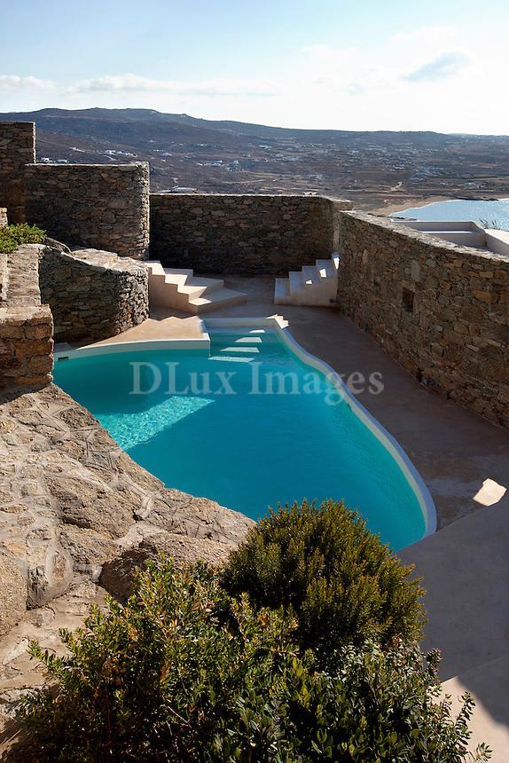 luxury minimal swimming pool