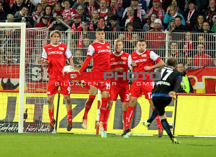 21.03.2014, Stadion an der Wuhlheide, Berlin, GER, 2.FBL, 1.FC Union Berlin vs SC Paderborn, im Bild Soeren Brandy (1.FC Union Berlin), Damir Kreilach (1.FC Union Berlin), Adam Nemec (1.FC Union Berlin), Torsten Mattuschka (1.FC Union Berlin), Alban Meha (SC Paderborn), Freistoss<br /> <br />               <br /> Foto &copy; nordphoto /  Schulz