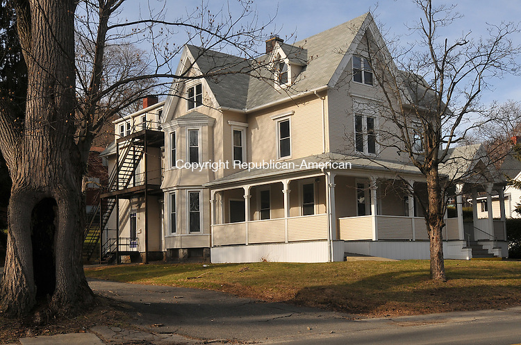 NAUGATUCK, CT- 22 JANUARY 2009 - 012210IP03- The house at 56 Terrace Ave. in Naugatuck was built in 1890. It is for sale and has 18 rooms, 8 bedrooms and 4 baths. <br /> Irena Pastorello Republican-American