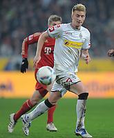 FUSSBALL   1. BUNDESLIGA  SAISON 2011/2012   18.  Spieltag   20.01.2012 Borussia Moenchengladbach   - FC Bayern Muenchen  Marco Reus (Borussia Moenchengladbach) am Ball