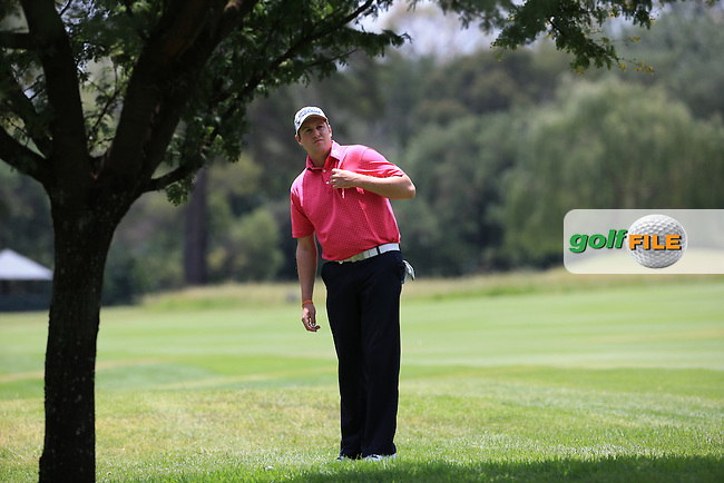 Matthew Southgate (ENG) finds the trees down the 4th during Round Three of the 2016 BMW SA Open hosted by City of Ekurhuleni, played at the Glendower Golf Club, Gauteng, Johannesburg, South Africa.  09/01/2016. Picture: Golffile | David Lloyd<br /> <br /> All photos usage must carry mandatory copyright credit (&copy; Golffile | David Lloyd)