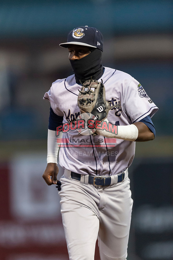Kane County Cougars shortstop Geraldo Perdomo (4) jogs off the field between innings of a Midwest League game against the Fort Wayne TinCaps at Parkview Field on April 30, 2019 in Fort Wayne, Indiana. Kane County defeated Fort Wayne 7-4. (Zachary Lucy/Four Seam Images)