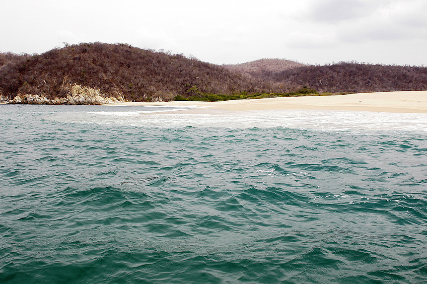 Cacaluta, Huatulco Oaxaca. Is the beach where Y Tu Mama Tambien was filmed. 06-11-06