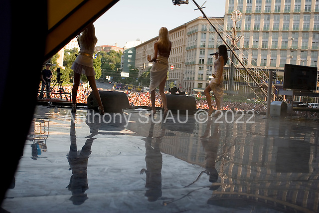 Kiev, Ukraine.May 29, 2005 ..XS a singing and dancing three girl band performs at the Kiev day festival on Kreshatik street.