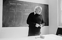 #77214  Walter Segal, architect, at the Architectural Association School of Architecture, London.  1975.