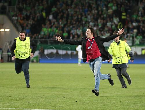 06.04.2016. Wolfsburg, Geramny. UEFA Champions League quarterfinal. VfL Wolfsburg versus Real Madrid.  Field crasher