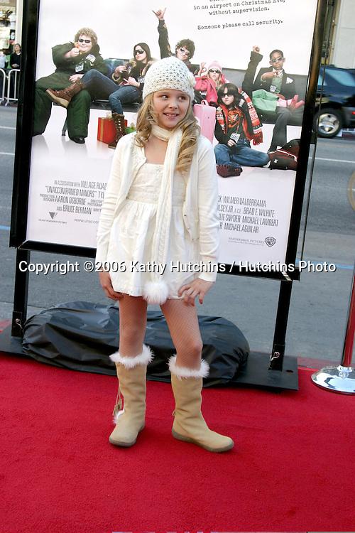 "Chole Grace Moretz .""Unaccompanied Minors"" World Premiere - Arrivals.December 2, 2006 - Grauman's Chinese Theatre.Hollywood, California USA.©2006 Kathy Hutchins / Hutchins Photo."