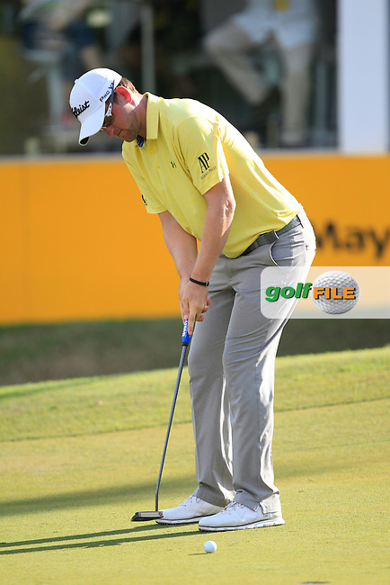 Bernd Wiesberger (GER) on the 18th green during Round 2 of the Maybank Championship on Friday 10th February 2017.<br /> Picture:  Thos Caffrey / Golffile<br /> <br /> All photo usage must carry mandatory copyright credit     (&copy; Golffile   Thos Caffrey)