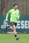 14.04.2018, Trainingsgelaende, Bremen, GER, 1.FBL, Training SV Werder Bremen<br /> <br /> im Bild<br /> Thomas Delaney (Werder Bremen #06), <br /> <br /> Foto &copy; nordphoto / Ewert