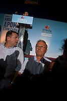 Elezioni in Grecia. Manifestazione finale di Syriza prima delle elezioni legislative, 14 giugno a Atene in piazza Omonia. Il leader di Syriza, Alexis Tsipras parla dal palco.