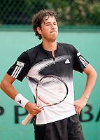 27-5-08, France,Paris, Tennis, Roland Garros, Robin Haase baalt als zijn partij wederom wordt afgebroken vanwegen de regen