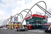 Nederland  Amsterdam -  September 2018. De Foodstrip in de Bijlmer. Verschillende fastfoodketens op een rij. KFC en Burger King.  Foto Berlinda van Dam / Hollandse Hoogte