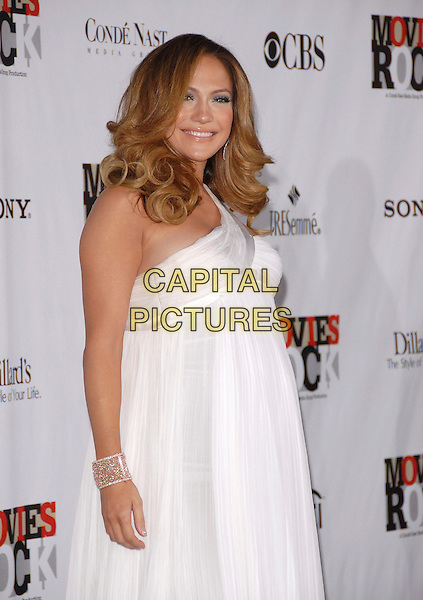 JENNIFER LOPEZ.Attending Movies Rock, a Celebration of Music in Film held at The Kodak Theatre in Hollywood, California, USA, December 02 2007..half length pregnant white dress.CAP/DVS.©Debbie VanStory/Capital Pictures