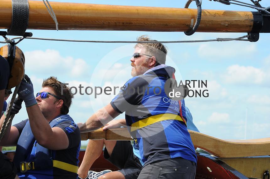 ZEILSPORT: DE VEENHOOP: 07-08-2017, SKS Skûtsjesilen, schipper Dirk Jan Reijenga skûtsje Joure, ©foto Martin de Jong