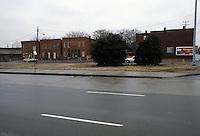 1982 January 14..Redevelopment.Huntersville 1&2 (R-70)..TIDEWATER DRIVE & PRINCESS ANNE ROAD...NEG#.NRHA#..
