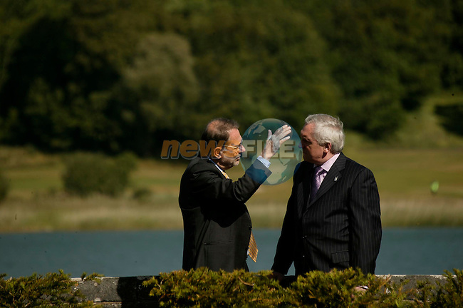 EU / US SUMMIT IN DROMOLAND CASTLE CO CLARE 25-26 JUNE ....... PIC SHOWS TAOISEACH BERTIE AHERN CHATTING WITH JAVIER SOLANA HIGHER REP OF THE EU  DURING THE EU US SUMMIT.   IMAGE  MAXWELL'S-EU PRES