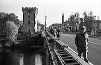 Pizzighettone (Cremona). La Torre del Guado, ovvero l'ultimo resto del castello, vista dal ponte sul fiume Adda --- Pizzighettone (Cremona). The Torre del Guado (tower of ford), namely what remains of the castle, as seen from the bridge over the river Adda