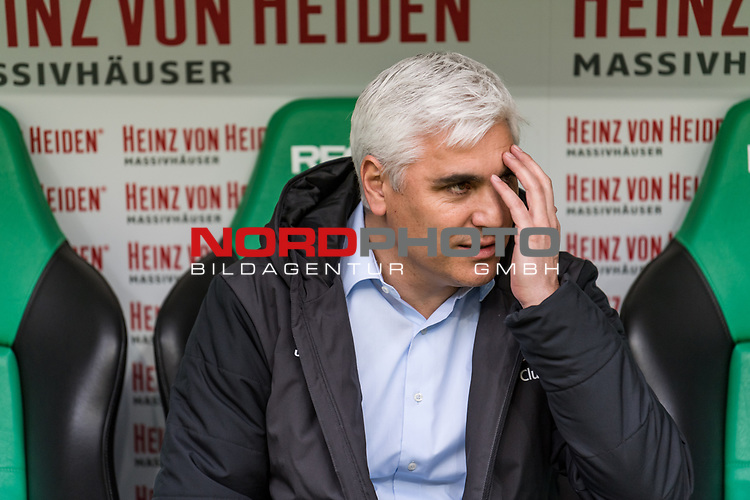 09.02.2019, HDI Arena, Hannover, GER, 1.FBL, Hannover 96 vs 1. FC Nuernberg<br /> <br /> DFL REGULATIONS PROHIBIT ANY USE OF PHOTOGRAPHS AS IMAGE SEQUENCES AND/OR QUASI-VIDEO.<br /> <br /> im Bild / picture shows<br /> Andreas Bornemann (Vorstand Sport 1. FC Nuernberg) auf Trainerbank, <br /> <br /> Foto © nordphoto / Ewert