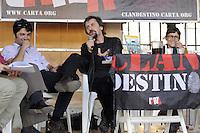 """Roma 17 Maggio 2011.Città dell'altra economia.Aperitivo in sostegno della rivista Carta con Ascanio Celestini, che presenta il back stage del film """"La pecora Nera"""""""