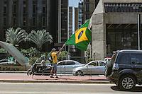 SÃO PAULO,SP, 19.03.2016 - PROTESTO-DILMA - Manifestantes contrario ao governo Dilma Rousseff durante ato pelo impeachment da presidente na avenida Paulista em São Paulo, neste sábado, 19 (Foto: Adar Rodrigues/Brazil Photo Press)