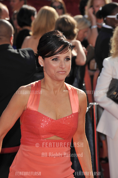 Julia Louis-Dreyfus at the 2008 Primetime Emmy Awards at the Nokia Live Theatre. .September 21, 2008  Los Angeles, CA..Picture: Paul Smith / Featureflash
