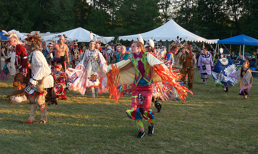 Native American pow wow, Eliet