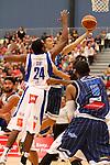 Fico Finance Nelson Giants v Pacific Jewellers Wellington Saints, 04 April 2014, Saxton Stadium, Nelson, New Zealand<br /> Photo: Marc Palmano/shuttersport.co.nz