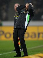 FUSSBALL   1. BUNDESLIGA   SAISON 2011/2012   23. SPIELTAG Borussia Moenchengladbach - Hamburger SV         24.02.2012 Trainer Lucien Favre (Borussia Moenchengladbach) enttaeuscht