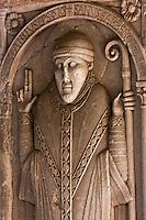 Europe/France/Midi-Pyrénées/82/Tarn-et-Garonne/Moissac: Eglise abbatiale Saint-Pierre de Moissac - le cloitre - Effigie de l'abbé Durand de Bredon, evèque de Toulouse