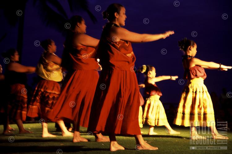 Kahiko Performance at Kuhio Beach on Prince Jonah Kuhio Celebration Day, Halau under Kumu Kapiolani Hao