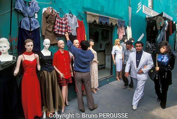 Amérique Latine, Mexique, Mexico city, magasin de vêtements//Latin America, Mexico, Mexico city, clothing shop