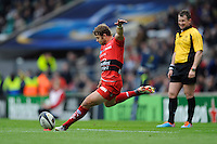 Leigh Halfpenny of RC Toulon takes a conversion attempt