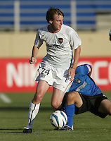 12 June 2004: Eddie Gaven in action against Earthquakes at Spartan Stadium in San Jose, California.    Earthquakes defeated MetroStars, 3-1.  Mandatory Credit: Michael Pimentel / ISI