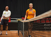 The Netherlands, Den Bosch, 16.04.2014. Fed Cup Netherlands-Japan, practice, Kiki Bertens (NED) with coach Raymond Knaap (NED)<br /> Photo:Tennisimages/Henk Koster