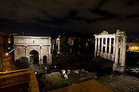 The new lighting system illuminate Saturno and Vespasiano temples at Roman Forum. I templi di Saturno e Vespasiano illuminati