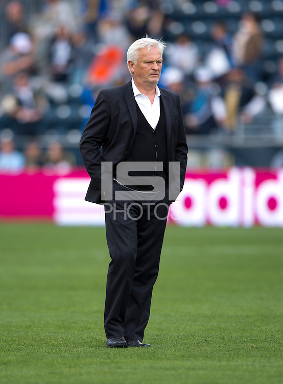 New York Red Bulls head coach Hans Backe walks off the field after the game at PPL Park in Chester, PA.  New York defeated Philadelphia, 3-0.